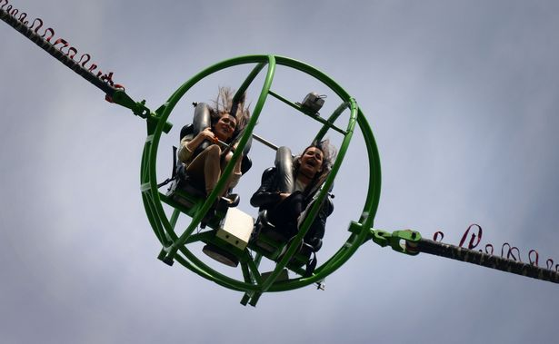 Slingshot ride ball